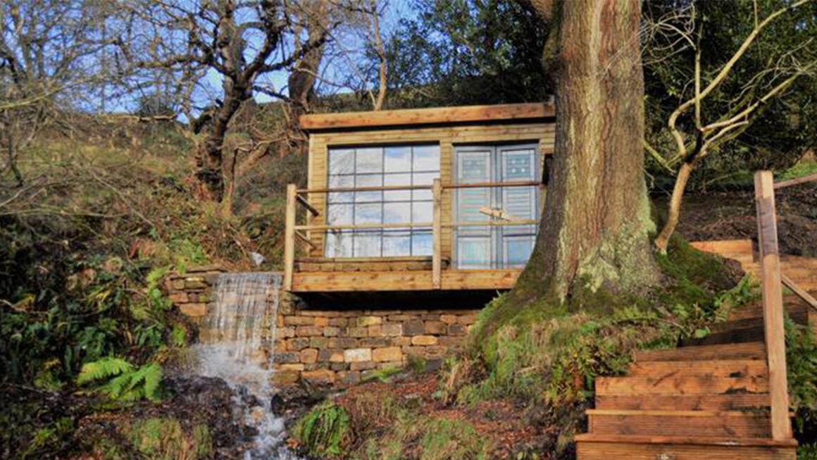 BEST CABINS YORKSHIRE